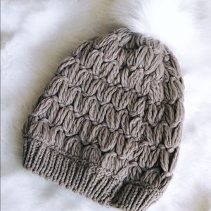 EXPRESS KNIT SWEATER BEANIE HAT NEW